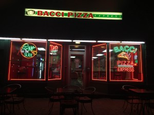 Bacci Pizzeria, located on W. Bradley Avenue, stands empty waiting for late-night customers. Photo by Tori Moses.