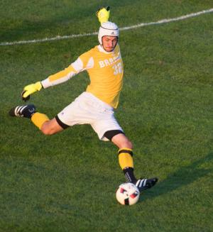 Soccer Notre Dame 1617 064-1
