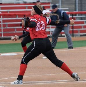 Softball-vs.-Missouri-State-12